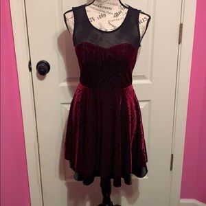 Beautiful dress from forever 21